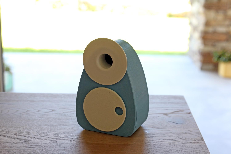 Carousel - Brignetti Longoni Design StudioCarousel - Brignetti Longoni Design Studio - Musica, carillon, stampa 3D, retrò, vintage, giradischi, music box, amplificatore, cassa di risonanza, suono, disco, suonare, melodia, canzone, manuale, educazione, musicale, bambini, ascolto, riuso, riciclo, rispetto, ambiente, filamento, PLA, bio, design, prodotto, autoproduzione progetto, modello 3d, prototipo.