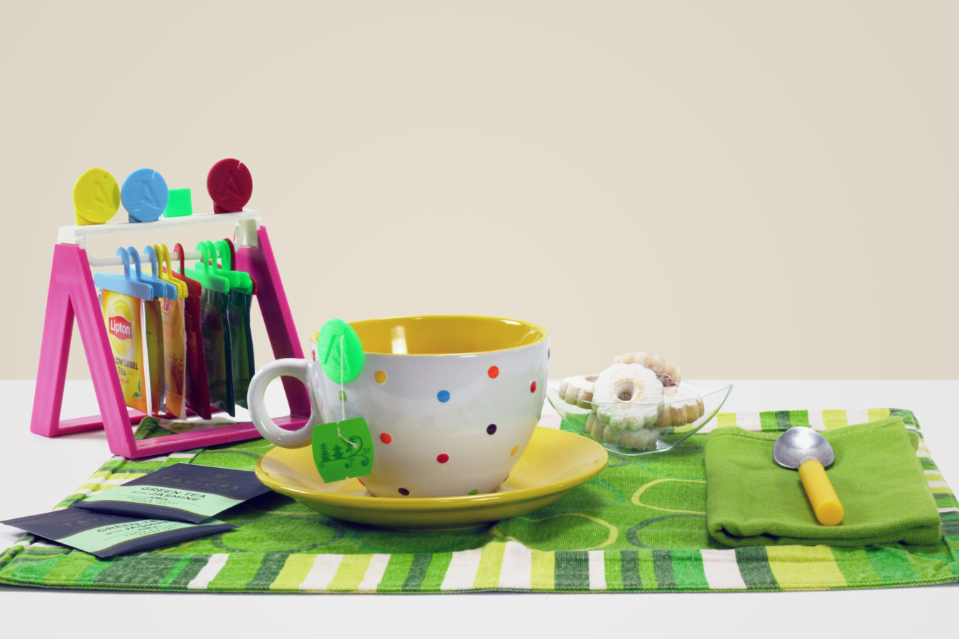 Tea Shirt - Brignetti Longoni Design Studio - Tè, bustine, dispenser, t-shirt, maglietta, prodotto, design, autoproduzione, stampa 3D, riciclo, riuso, tisane, cucina, tableware, accessori, casa, eumakeit, eumakers, bobina, filamento, pla, bio, progetto, modello 3d, prototipo.