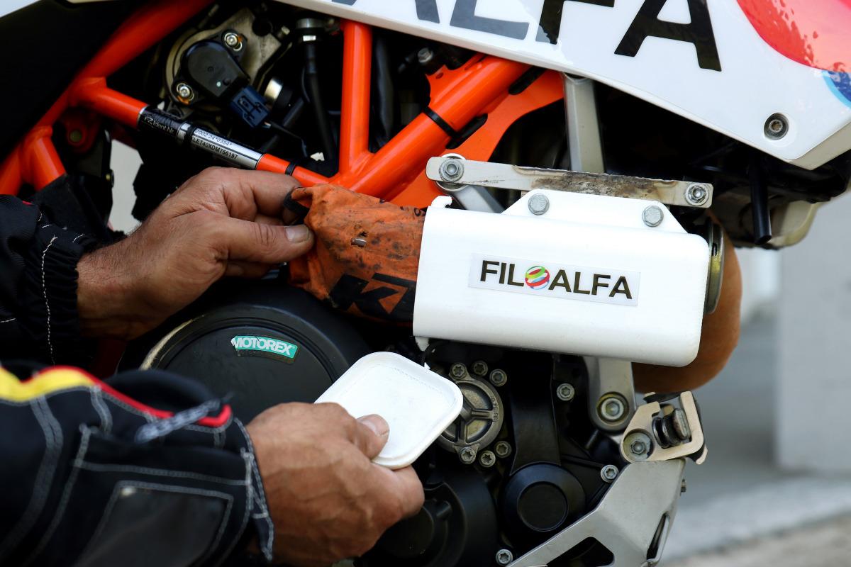 Gibraltar Race - Brignetti Longoni Design Studio - Filoalfa, stampante 3d, gibraltar race, stampa 3d, filamenti, materiali, moto, motociclismo, fuoristrada, viaggio, competizione, navigatore, supporto, case, cassetta attrezzi, smonta gomme, kit, pneumatici, thermec zed, petg, alfaplus, alfa+, ricambi, livrea, colori, marchi, sponsor, ktm, evento, comunicazione, social, facebook, instagram, twitter, blog, riviste, cartella stampa, fotografie, foto, testi, copy, copyright.