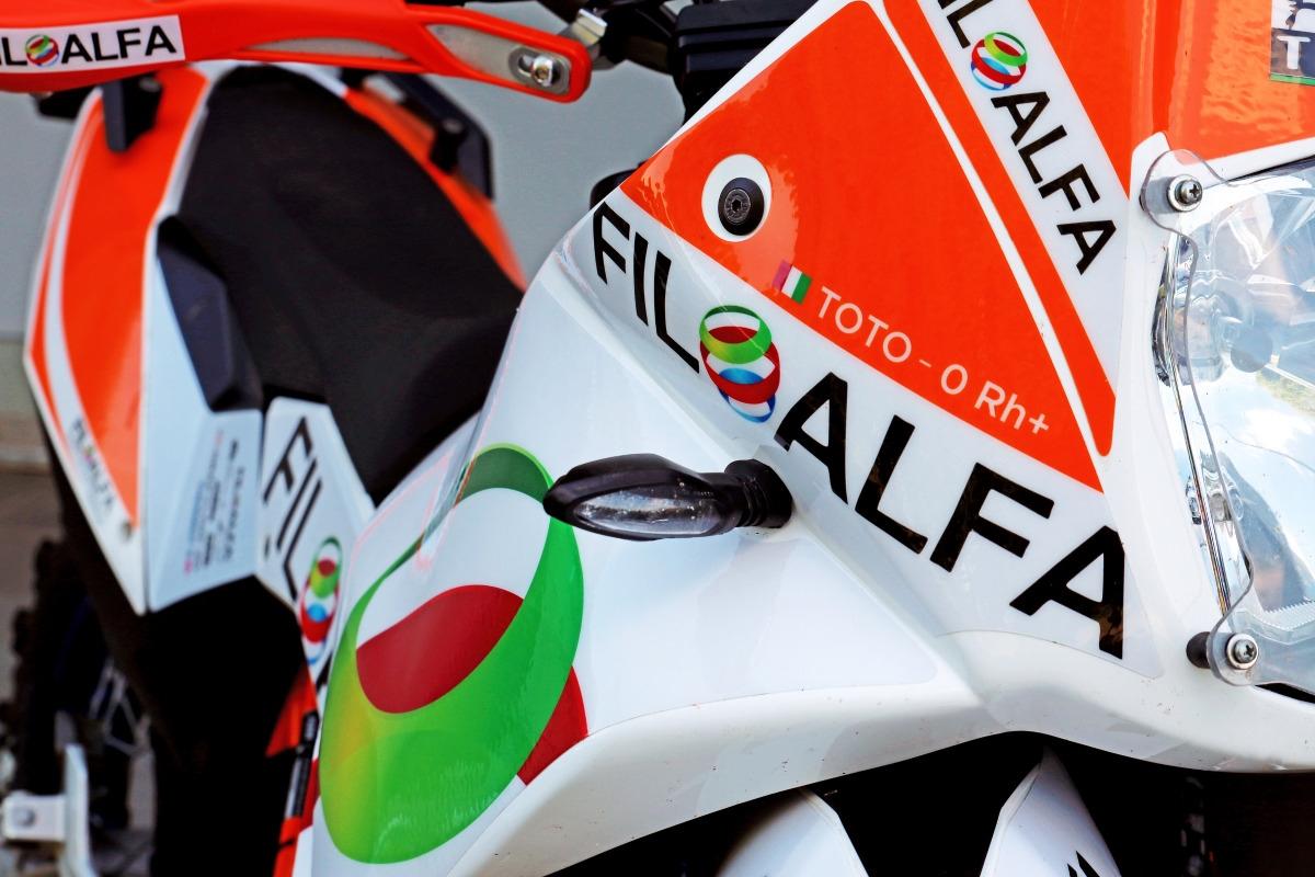 Motorbike livery - Gibraltar Race - Brignetti Longoni Design Studio - Filoalfa, stampante 3d, gibraltar race, stampa 3d, filamenti, materiali, moto, motociclismo, fuoristrada, viaggio, competizione, navigatore, supporto, case, cassetta attrezzi, smonta gomme, kit, pneumatici, thermec zed, petg, alfaplus, alfa+, ricambi, livrea, colori, marchi, sponsor, ktm, evento, comunicazione, social, facebook, instagram, twitter, blog, riviste, cartella stampa, fotografie, foto, testi, copy, copyright.