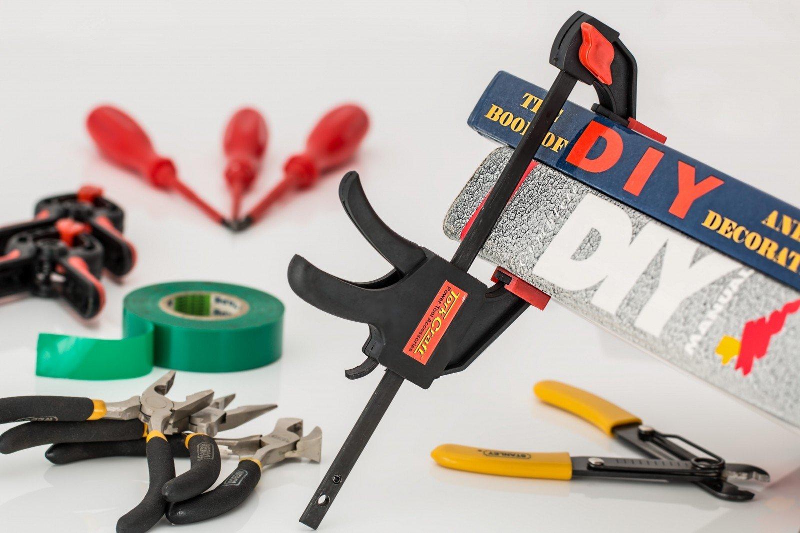 diy-do-it-yourself-repairs-home-improvement-hobby